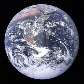 The Earth seen from Apollo 17 (Photo: NASA/Wikimedia Commons)