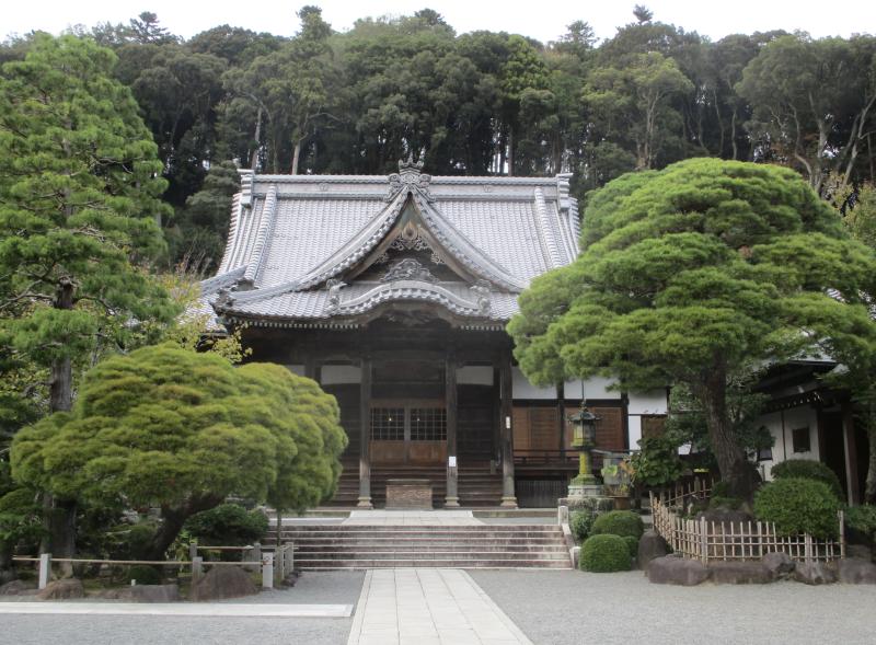 Temple still
