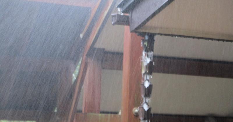 Sonic interlude rain showers